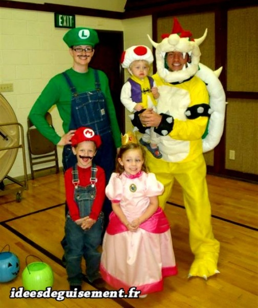 Déguisement carnaval en famille de Mario Bros