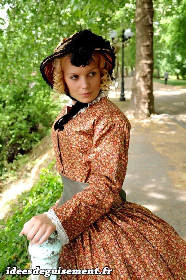 Costume de femme du 19ème siècle
