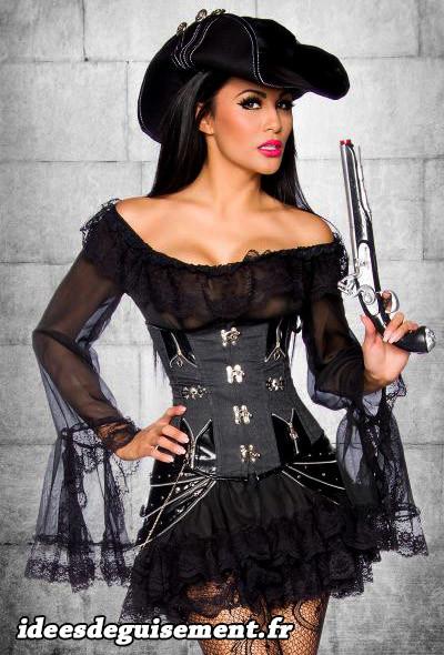 Costume femme de pirate sexy en noir