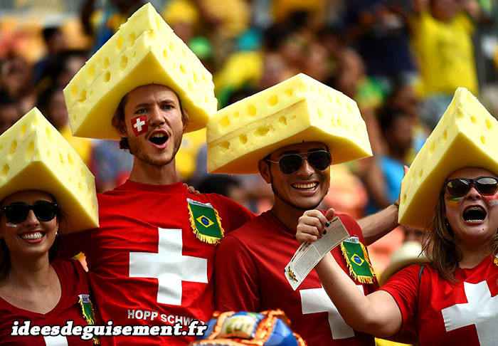 Déguisement drôle de chapeau fromage
