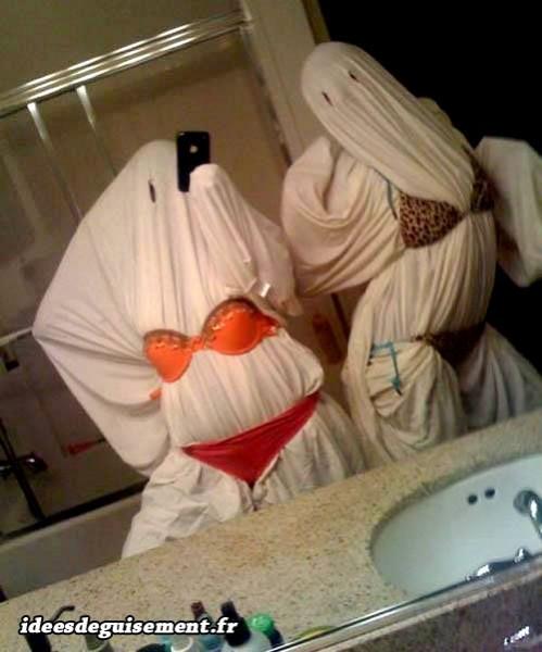 Costume ridicule de fantôme sexy