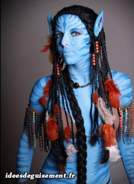 Body painting du costume de Neytiri d'Avatar