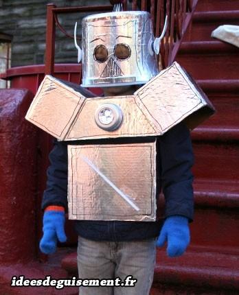 Déguisement lettre R de Robot couleur métal