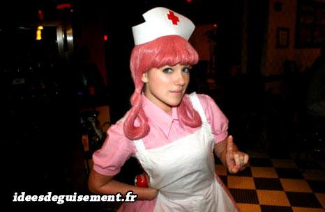 Déguisement de l'infirmière Joëlle Pokémon