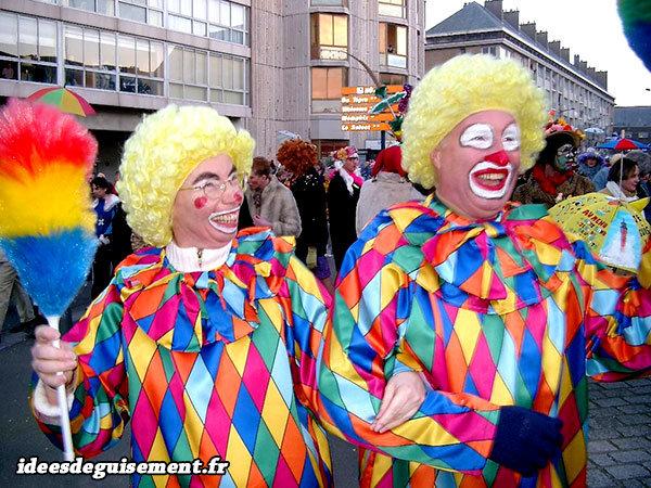 Déguisements d'Arlequin Clown au carnaval de Dunkerque