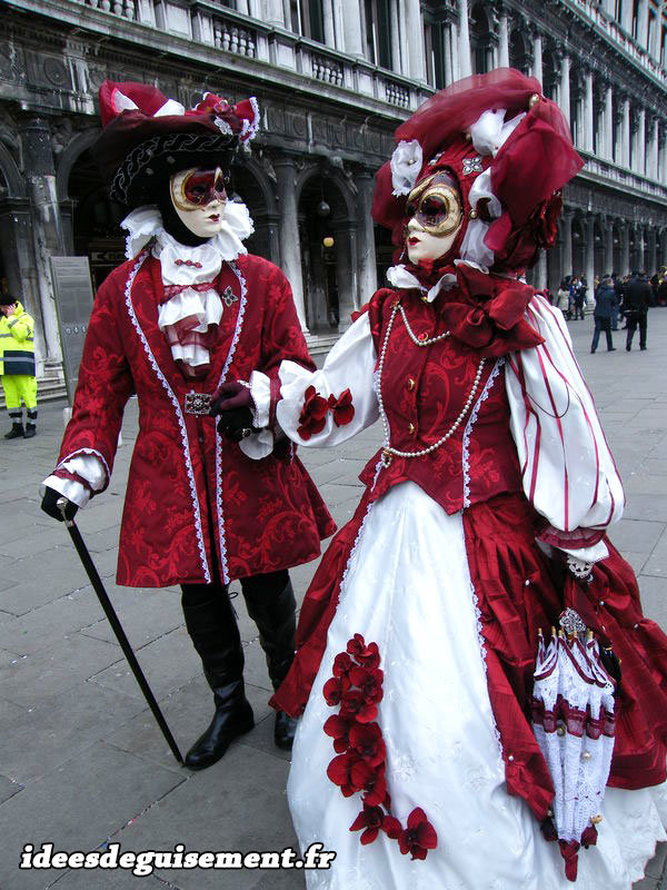 costumes carnaval de venise. Black Bedroom Furniture Sets. Home Design Ideas